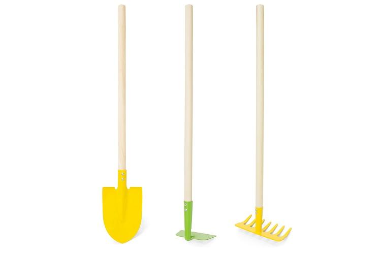 Лопата с тяпкой и граблями